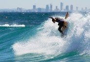 Gold-Coast-Surfing